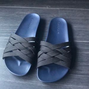 Rothy's- The Slide in Night Sky- Size 9